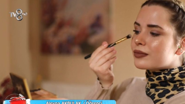 Aleyna Akbulak kimdir? Aleyna Akbulak instagram - Menüsü tatlısı