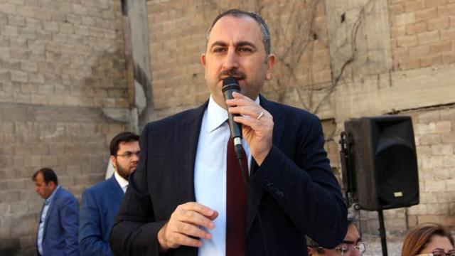 Bakan Gül: Öcalan'ın avukatları ile görüşme yasağı kaldırıldı