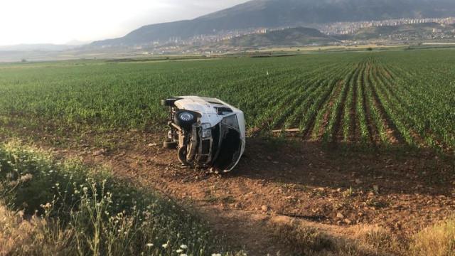 Yolcu minibüsünün devrilmesi sonucunda 6 kişi yaralandı