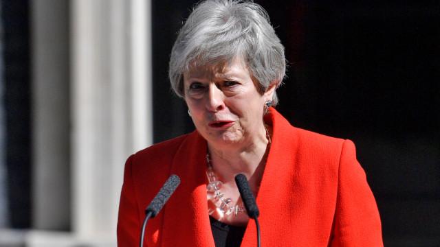 İngiltere Başbakanı May: 7 Haziran itibariyle istifa ediyorum