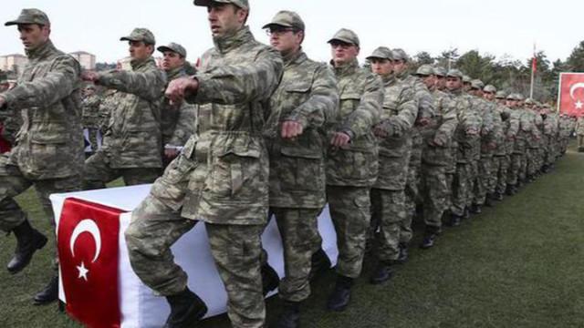 AK Parti'den yeni askerlik sistemi açıklaması