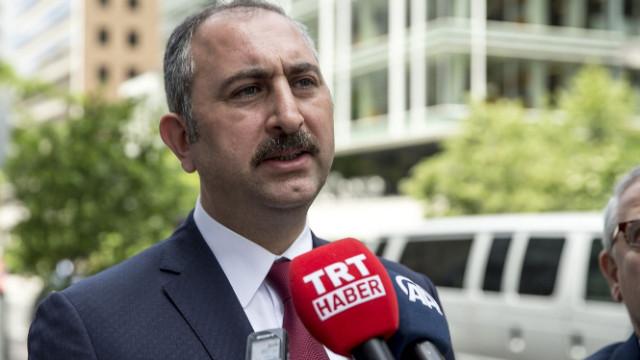 Bakan Gül'den FETÖ Elebaşı açıklaması