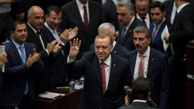 Erdoğan: Ben yalnız değilim, biz hep beraberiz