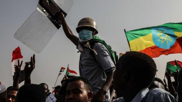 Sudan'da darbe girişimi engellendi