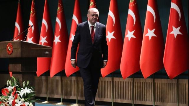 ABD basını yazdı: Erdoğan Washington'ı parmağında oynatıyor