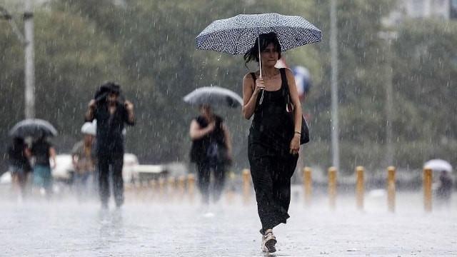 Ege'de kuvvetli rüzgar uyarısı! 9 kentte sağanak yağış var