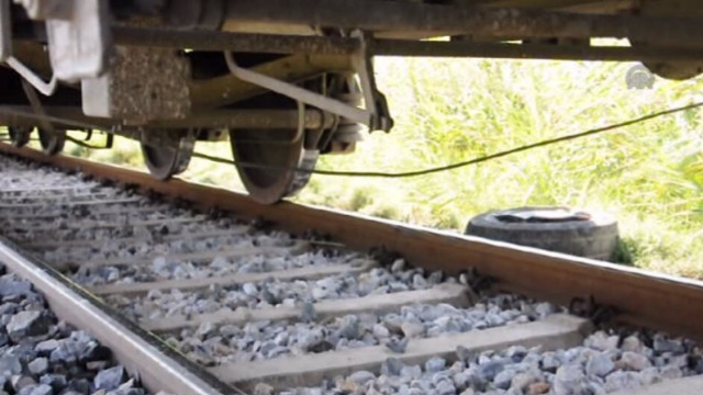 Tren raydan çıktı: En az 50 ölü
