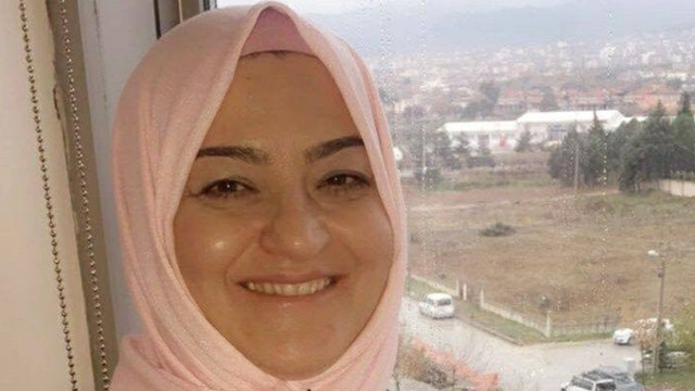 Ayrı yaşadığı eşinin evini karıştırınca başka bir kadını vurdu!