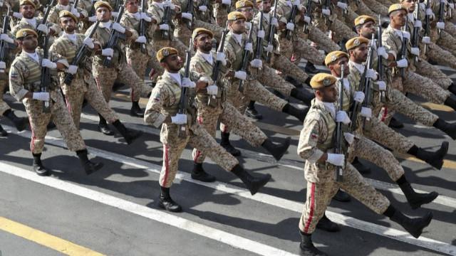 İran, Türkiye-ırak sırında tatbikata başladı