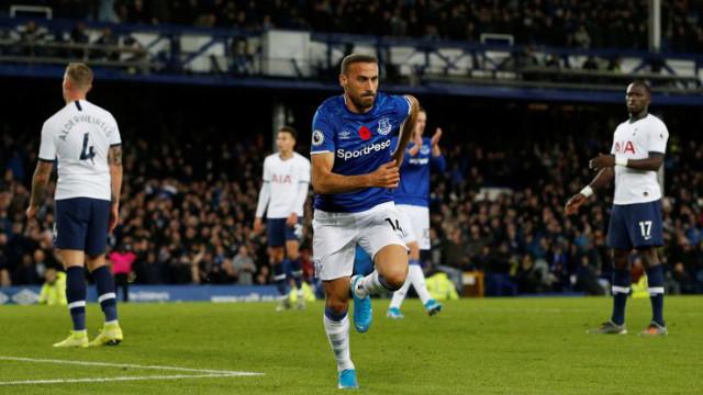 Cenk Tosun Everton'a hayat verdi