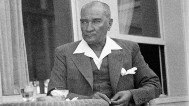 Resimli 10 Kasım mesajlar! Atatürk'ü anma mesajları!