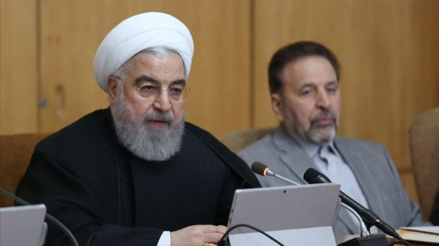Ruhani'den benzin açıklaması