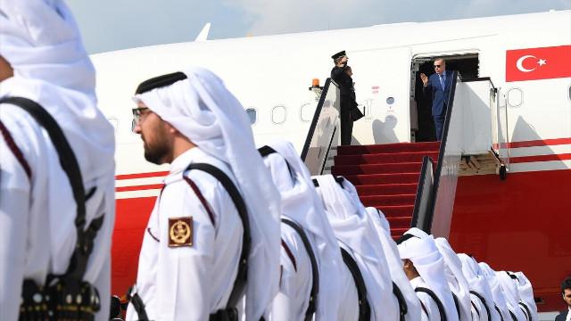 Cumhurbaşkanı Erdoğan Katar'da karşılandı