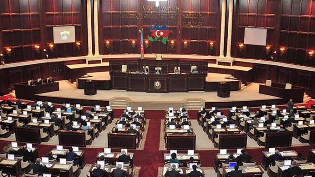 Azerbaycan Meclisi feshedildi