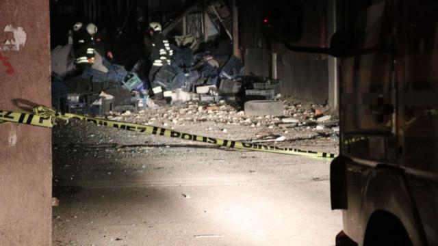 Diyarbakır'da haldeki bir iş yerinde patlama