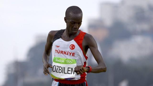 Milli atlet Kaan Kigen Özbilen'den Avrupa rekoru