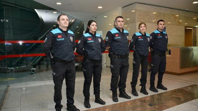 Pasaport polislerine kıyafet değişikliği