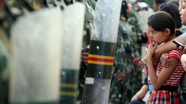 Çin'den yeni Uygur planı: ABD'li diplomatlara vize kısıtlaması