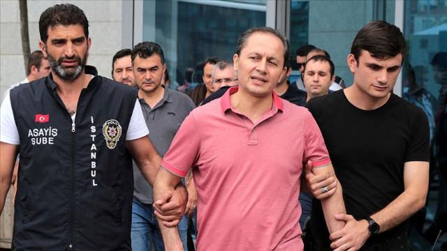 Eski HSYK 1. Daire Başkanı İbrahim Okur'a hapis cezası