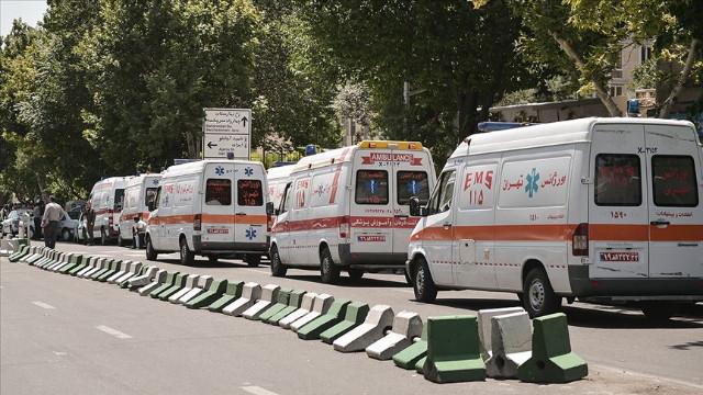 İran'da otobüs devrildi!