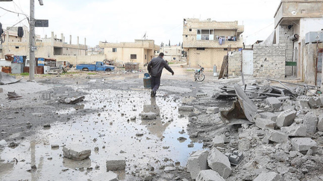 Suriye ordusunun 2,5 buçuk aylık saldırı bilançosu! 100'ü çocuk, 313 sivil hayatını kaybetti
