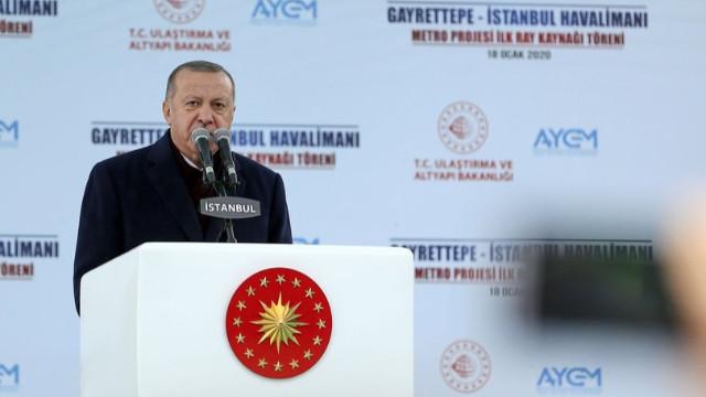 Erdoğan'dan Suriye kararı: Türkiye kardeşlerinin güvenliğini sağlayana kadar Suriye'de olacak