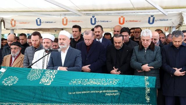 Erdoğan, Vanlıoğlu'nun cenaze namazına katıldı