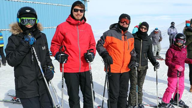 İmamoğlu eleştirilere yanıt verdi: Kayak yapmam birisinin acısını hissetmediğim anlamına gelmez