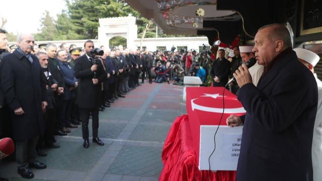 Erdoğan şehit cenazesinde konuştu: Biz buna sabredeceğiz