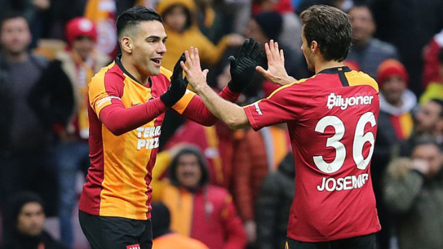 Galatasaray'a Falcao ve Saracchi'den güzel haber