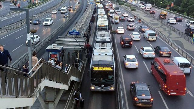 İstanbul'da ulaşım yüzde 17 azaldı!