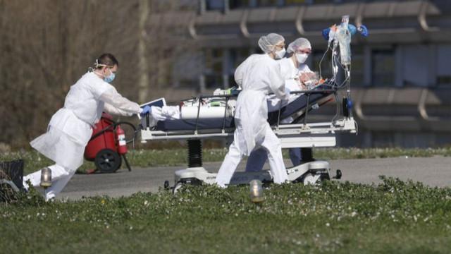 Koronavirüste can kaybı yükseliyor! 24 saate bin 930 ölüm