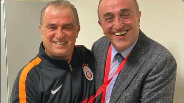 Futbolculardan Terim ve Albayrak'a destek