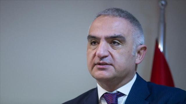 Bakan Ersoy duyurdu:  Konaklama vergisi yılbaşına ertelendi