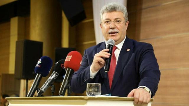 Başkanvekili Emin Akbaşoğlu'nun koronavirüs testi pozitif çıktı