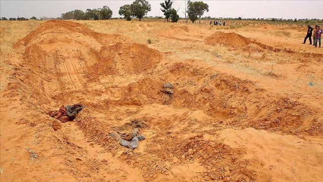 Libya'da toplu mezarlar… 23 günde 208 ceset çıkarıldı