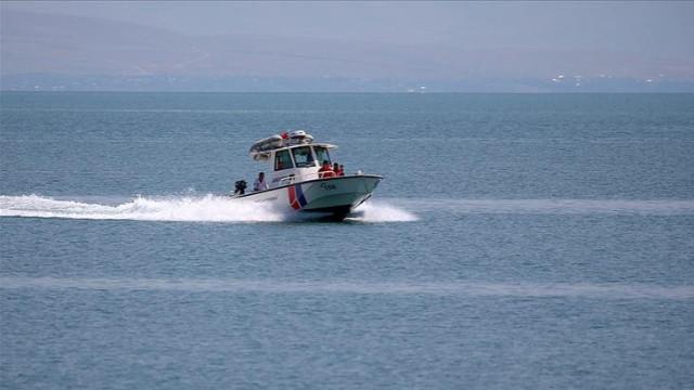 Van Gölü'nde tekne faciası! Can kaybı 11'e yükseldi