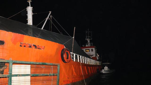 İzmir'de operasyon! Gemide 276 sığınmacı yakalandı