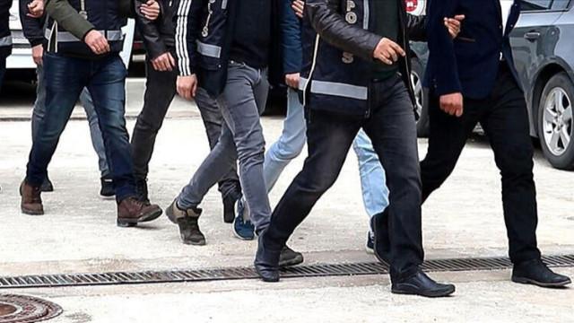Antalya'da FETÖ operasyonunda gözaltına alınan 7 şüpheliden biri tutuklandı