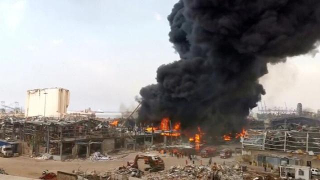 Beyrut Limanı'nda büyük yangın!