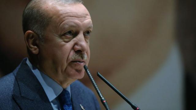 Erdoğan: AK Parti'de unvanlar değişir ama hizmet yarışı bitmez