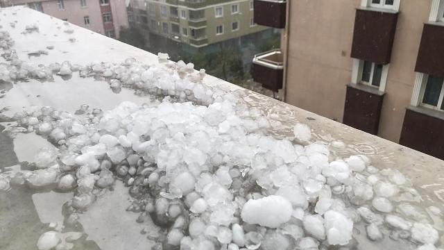 İstanbul Valiliği'nden sarı alarm: Yağış anında kuvvetli rüzgar ve hortum oluşma riski vardır