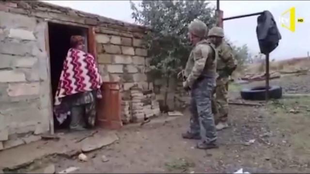 Yaşlı Ermeni kadından Azerbaycan askerine: Evinize hoş geldiniz!