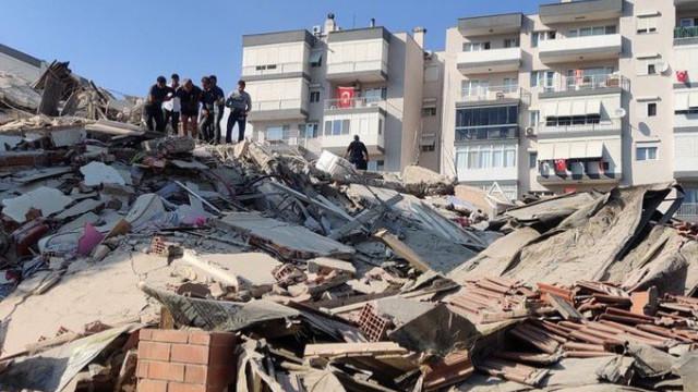 İzmir'de 6.6 şiddetinde deprem!
