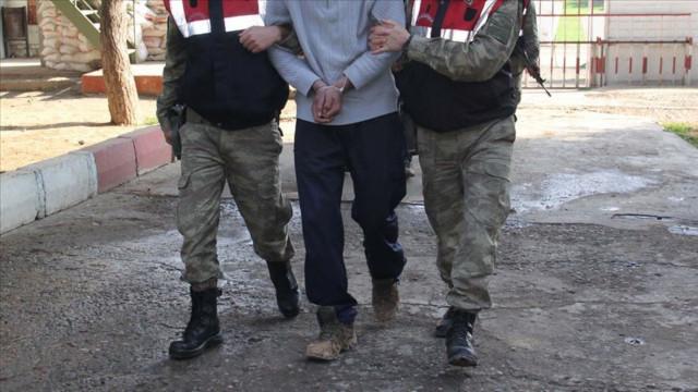 Canlı bombalar sınırda yakalandı!