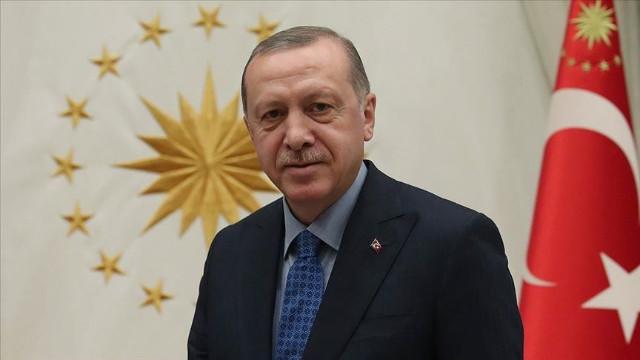 Erdoğan'dan 24 Kasım Öğretmenler Günü mesajı: İmkanlarını güçlendirmeyi kendimize vazife addediyoruz