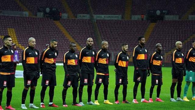 Galatasaray'da 83 milyonluk kriz!
