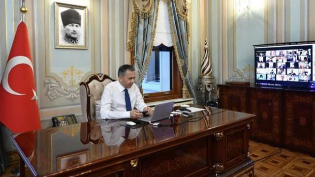 Vali Yerlikaya İstanbul'da vaka sayılarının en çok düştüğü ilçeleri açıkladı