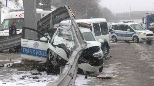 Köprüde kaza!  3 polis yaralandı
