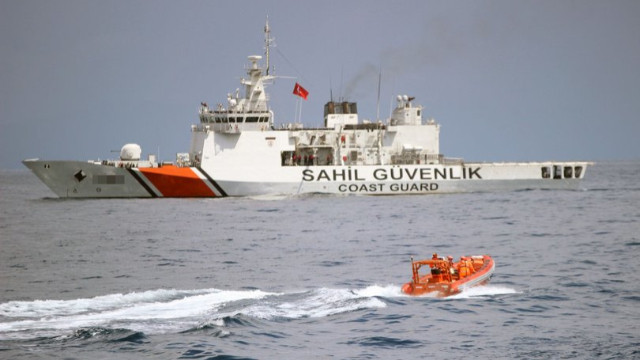 Muğla'da balıkçı teknesi battı! 3 kişi kurtarıldı, 1 kişi kayboldu